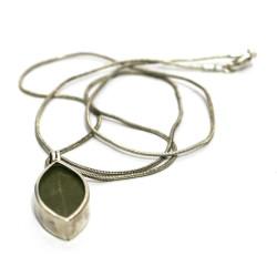 Real Coca leaf pendant from Peru (950 silver) OTHER PERUVIAN HANDICRAFTS